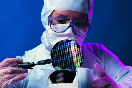 德国研究人员研发新材料可让窗户动态调控光和热
